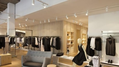Why European fashion labels like COS choose Melbourne over Sydney     Melbourne s COS store on Elizabeth Street was the European label s first in  Australia