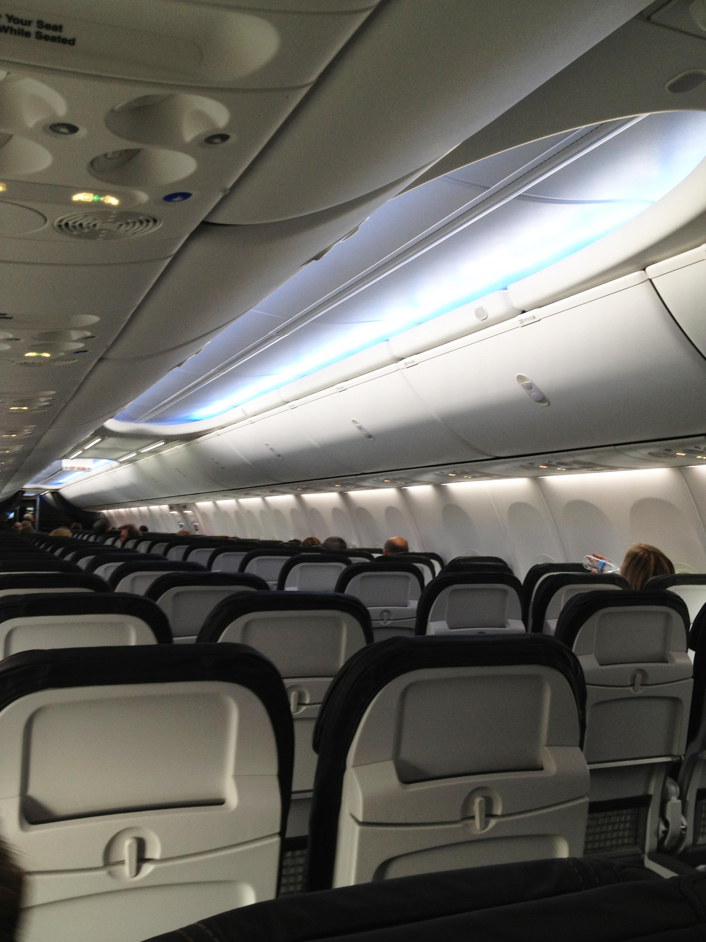 Photos Alaska Airlines Adds Boeing 737 900er To Fleet