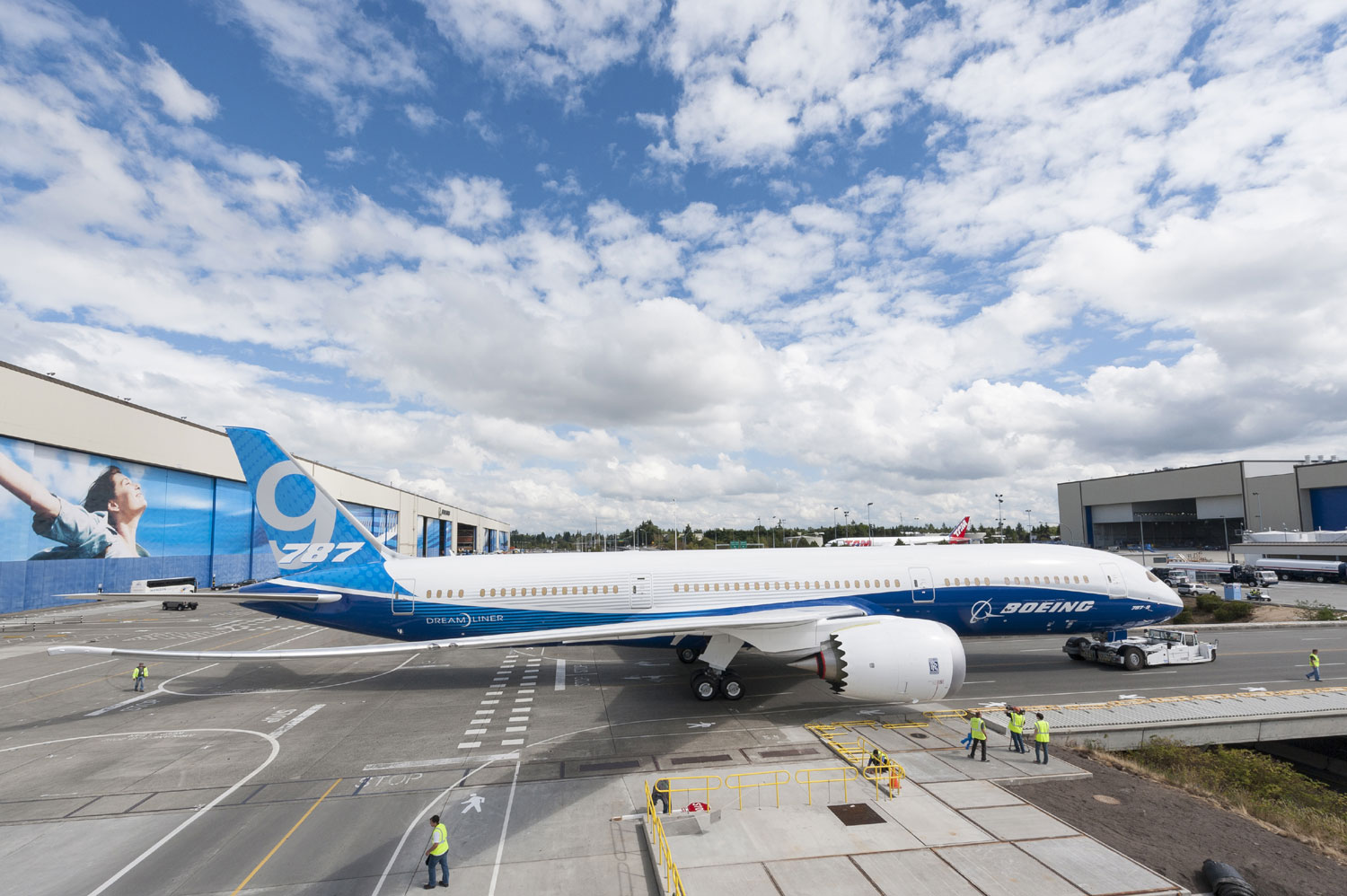 First Boeing 787-9 completed - Airport Spotting Blog