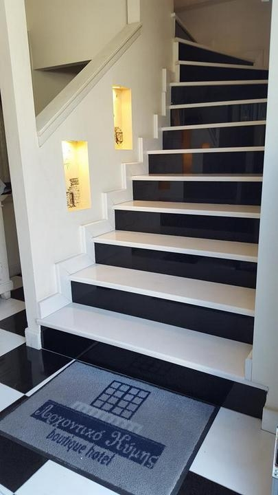 Stairs Steps And Staircases Alfa Marble Co S A | Black Granite Staircase Designs | Marble | Polished Granite | Floor Stair Circular | Kota Stone Staircase | Jet Black