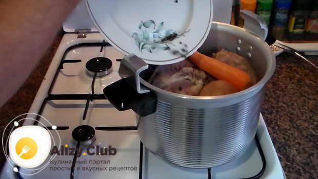 холодец из свиных ножек в скороварке рецепт