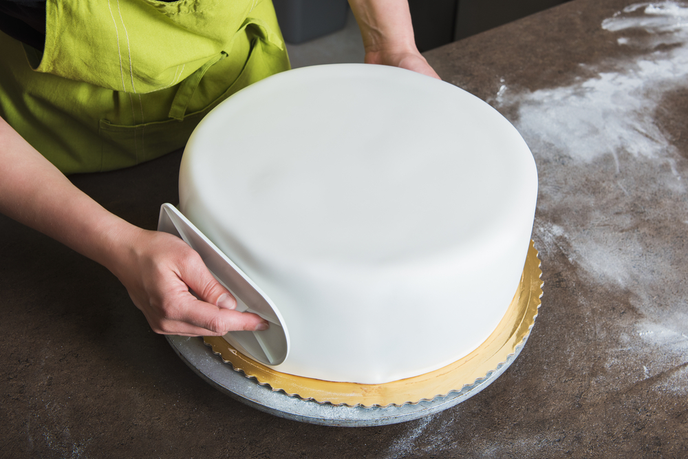 How To Begin Working With Fondant All Cake Prices