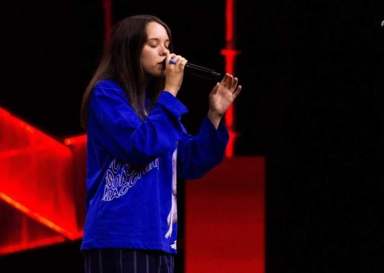 """X Factor 2021: la sincerità di Vale LP convince Emma con l'inedito """"Porcella"""" (Testo e video)"""