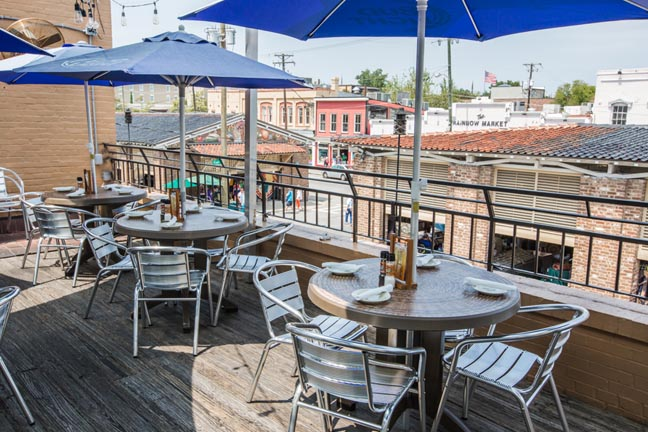 Downtown Restaurants Take Reservations