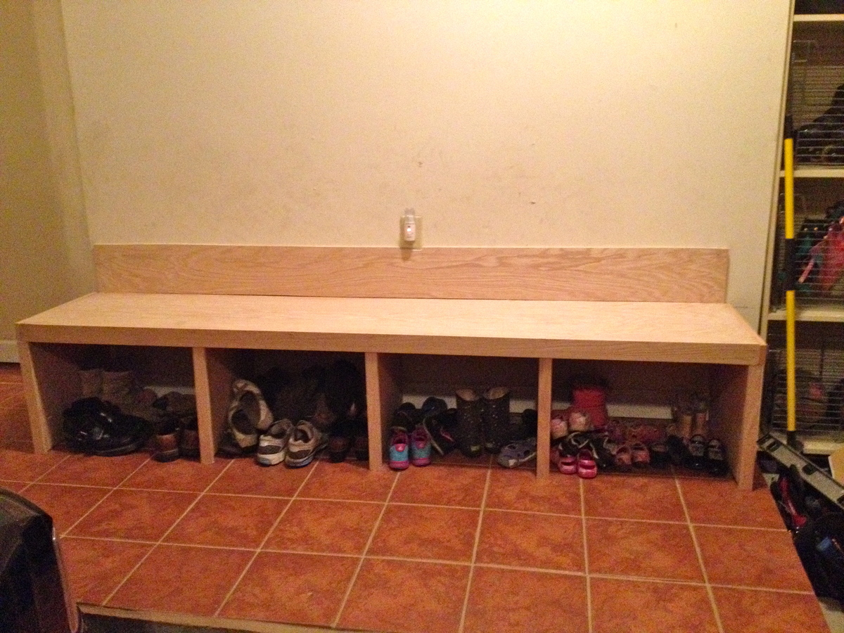 Ana White Our Much Appreciated Mudroom Bench Diy Projects
