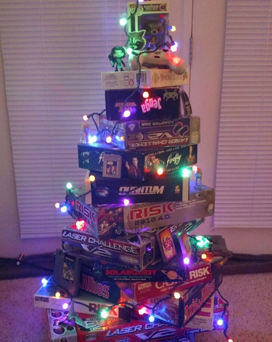 Top Best Board Games For Christmas Trees Ideas With Gifts 2017     analog games
