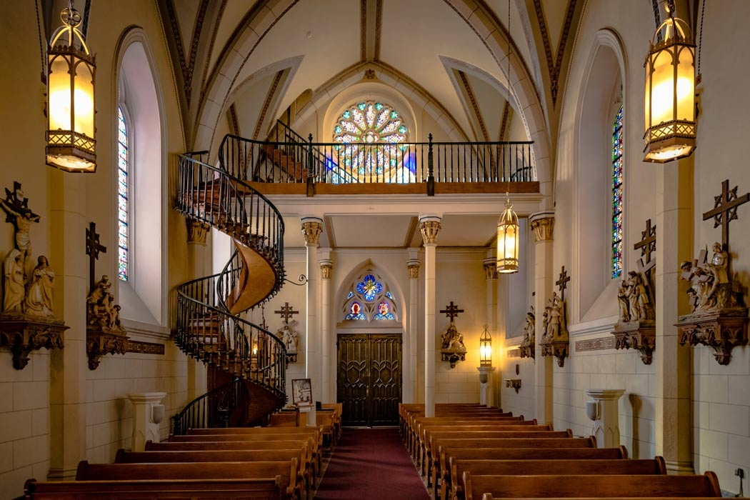 The Helix Staircase Of The Loretto Chapel And Other Miracles | Stairway Of Loretto Chapel | Story | Mysterious | Jesus | Wood | Miraculous Staircase