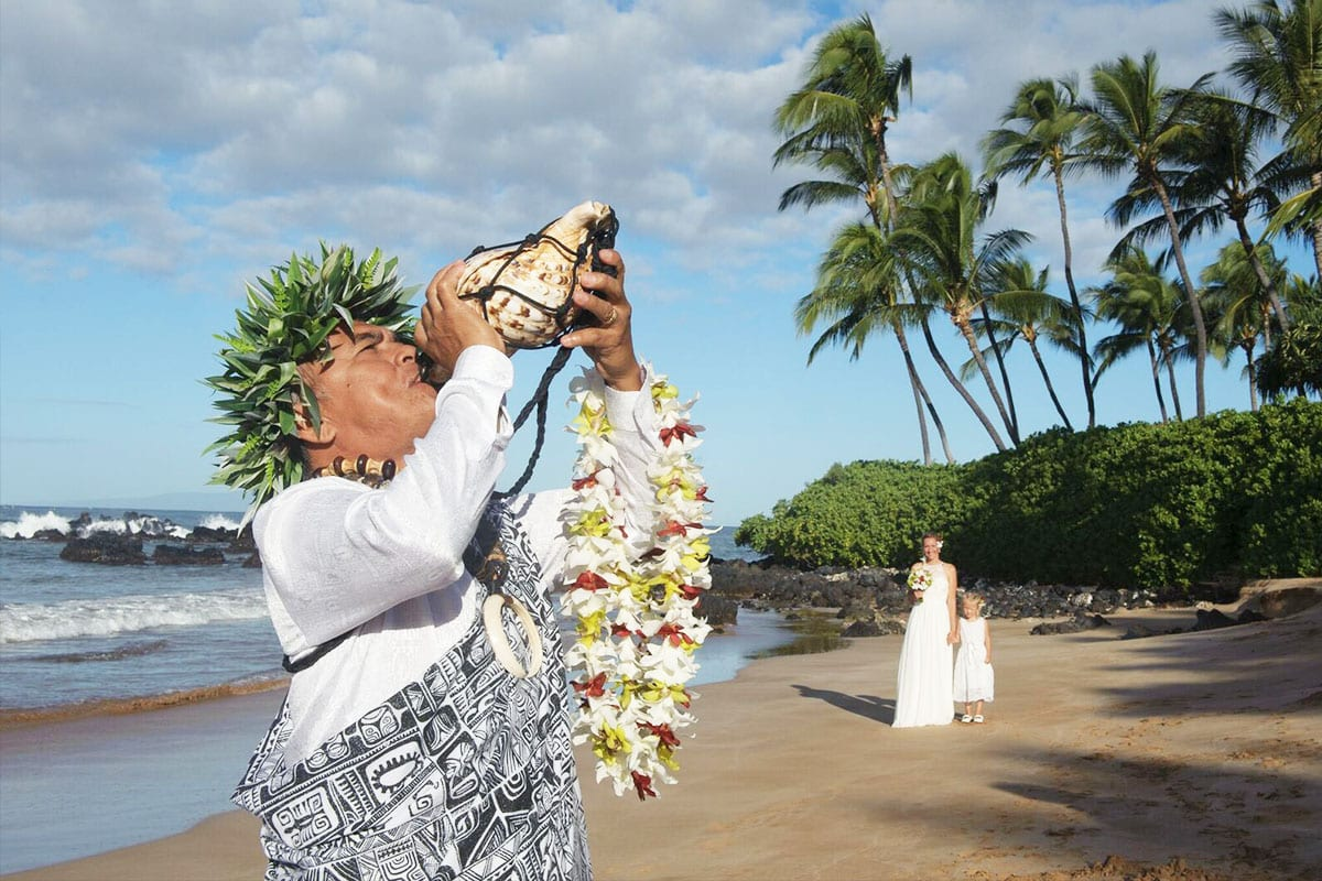 Ancient Hawaiian Weddings Maui Wedding Planner Maui Beach Weddings