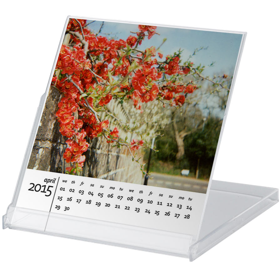 A free 2015 calendar template for Photoshop     Angie Muldowney free 2015 calendar in cd case months