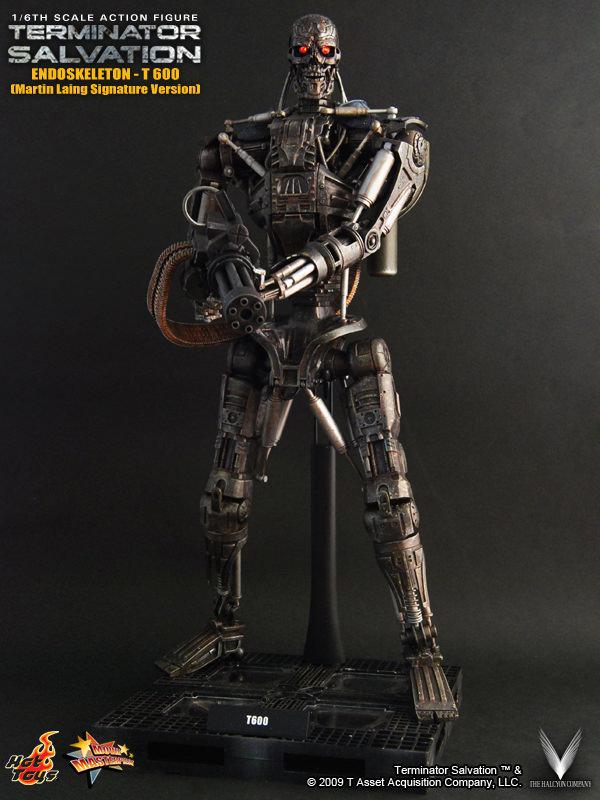 Hot Toys Terminator Salvation Endoskeleton T 600