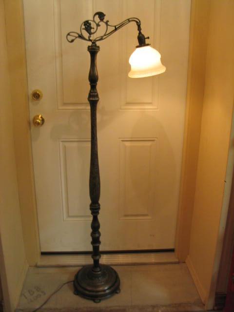 Bridge Arm Floor Lamp 1930 S Cast Iron Wood Tbbfl197