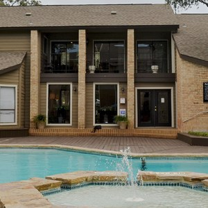 Weekend Lakeside Retreat In Marble Falls One Bedroom