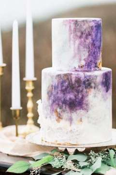 Beautiful Pink and Purple Wedding Cakes   Arabia Weddings Purple Wedding Cake 2