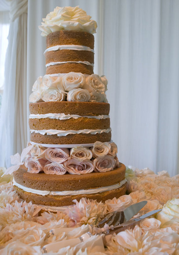 Our Favorite Celebrity Wedding Cakes   Arabia Weddings Our Favorite Celebrity Wedding Cakes
