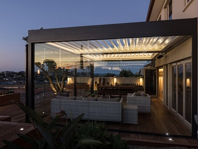 Maximising That Indoor Outdoor Vibe With Sliding Glass