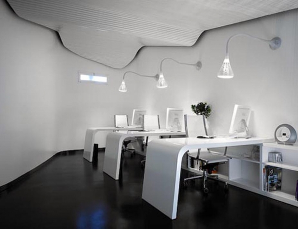 25 Luxury And Unusual Minimalist Office Designs
