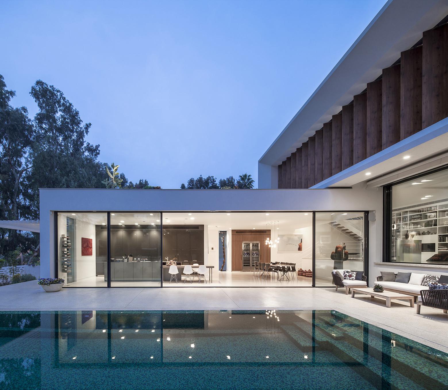 Tv House A Mediterranean Villa By Paz Gersh Architects