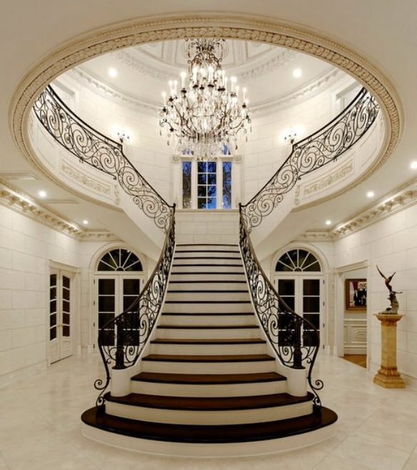 19 Excellent Ideas For Decorating Entrance Staircase With