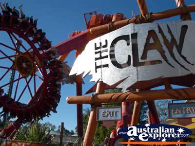 The Claw Ride At Dreamworld Photograph The Claw Ride At Dreamworld Photo Pictures Of The Claw