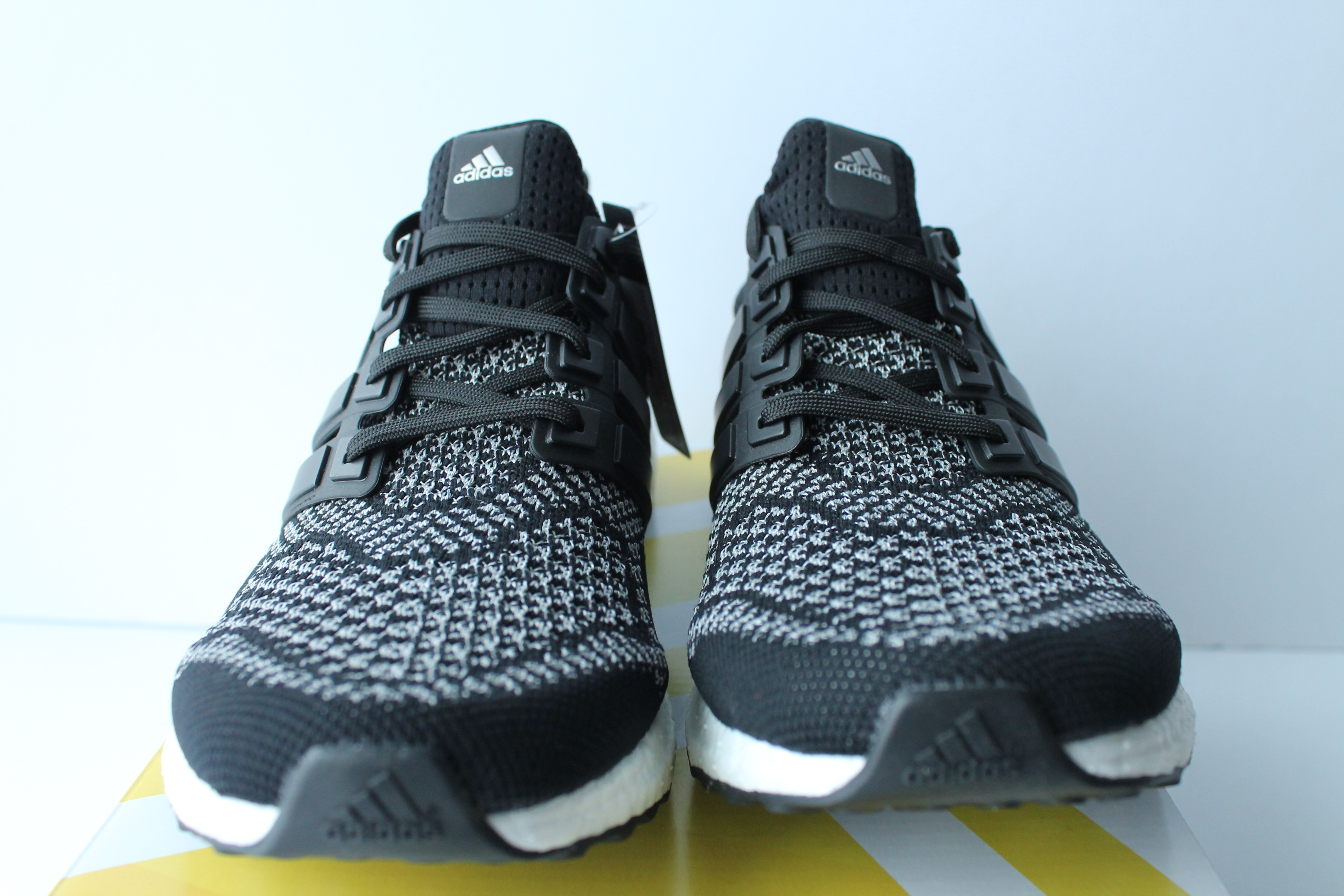 Yeezy Mens Shoes