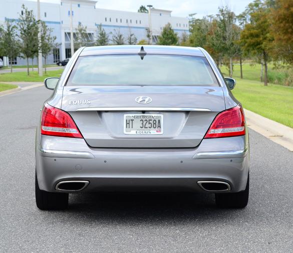 Hyundai Equus Luxury Car Emblems