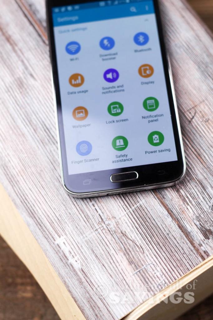 Travel Hacks for Smartphones-1