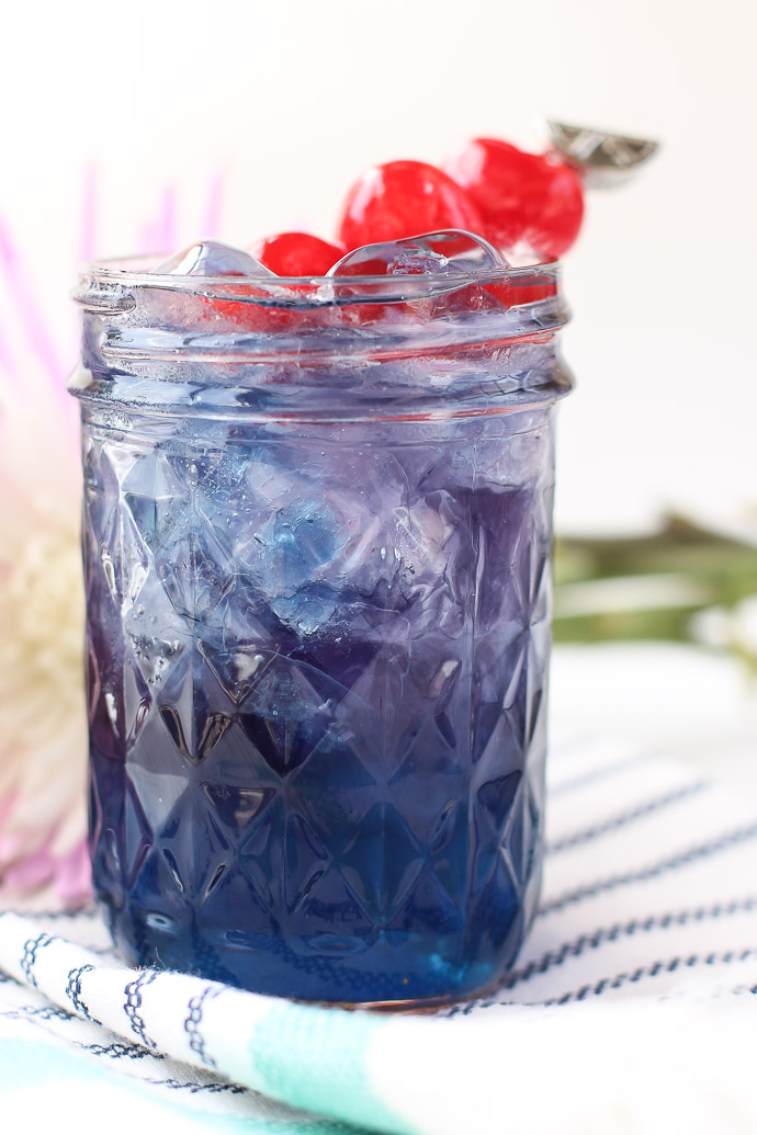 Easy Lemonade Mocktail Idea