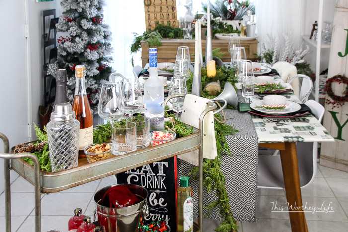 Green + Black + Red Christmas Table Decor Idea