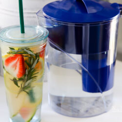 There are so many healthy reasons why we should all drink our daily dose of water. I'm sharing 10 benefits of drinking water, and creative ways I drink more water.