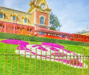 Disneyland Things to Do and Discover: 32 Fun Ideas