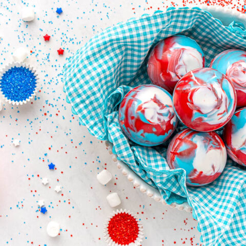 4th of July Cocoa Bombs