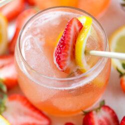 strawberry whiskey lemonade