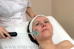 Réaliser une darsonvalisation du visage
