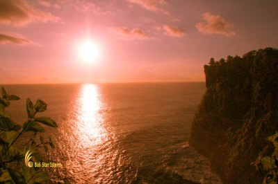 Uluwatu Temple Sunset - Bali Places of Interest – Bali ...
