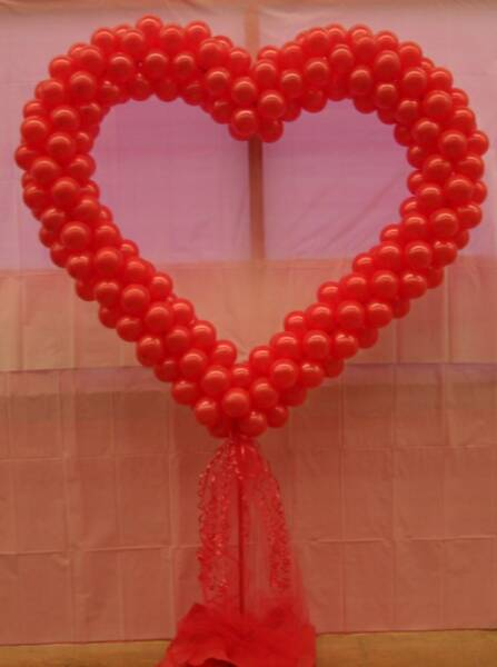 Valentine S Day Singing Balloon Bouquets And Party Decor