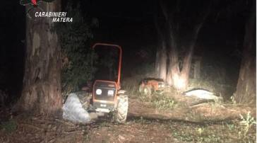 Furti di mezzi agricoli nel Metapontino: carabinieri ritrovano due trattori rubati