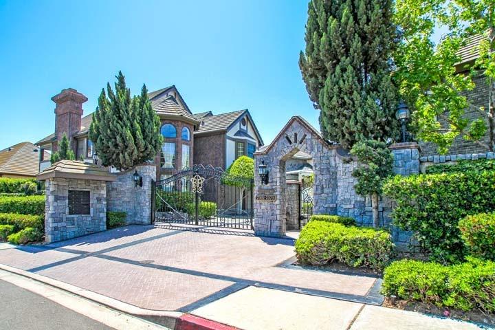 Yard House Long Beach California
