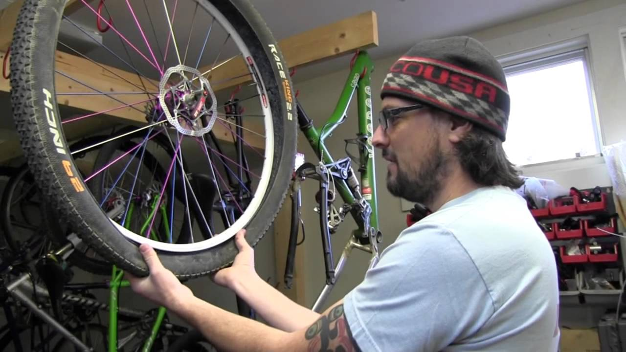 how to change a mountain bike tire