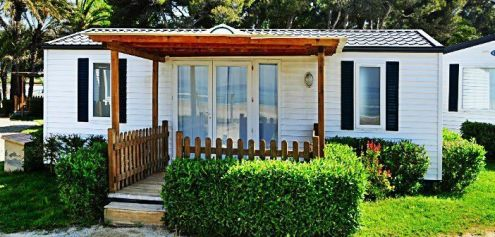 5 Common Exterior Mobile Home Repairs    How to Handle Them