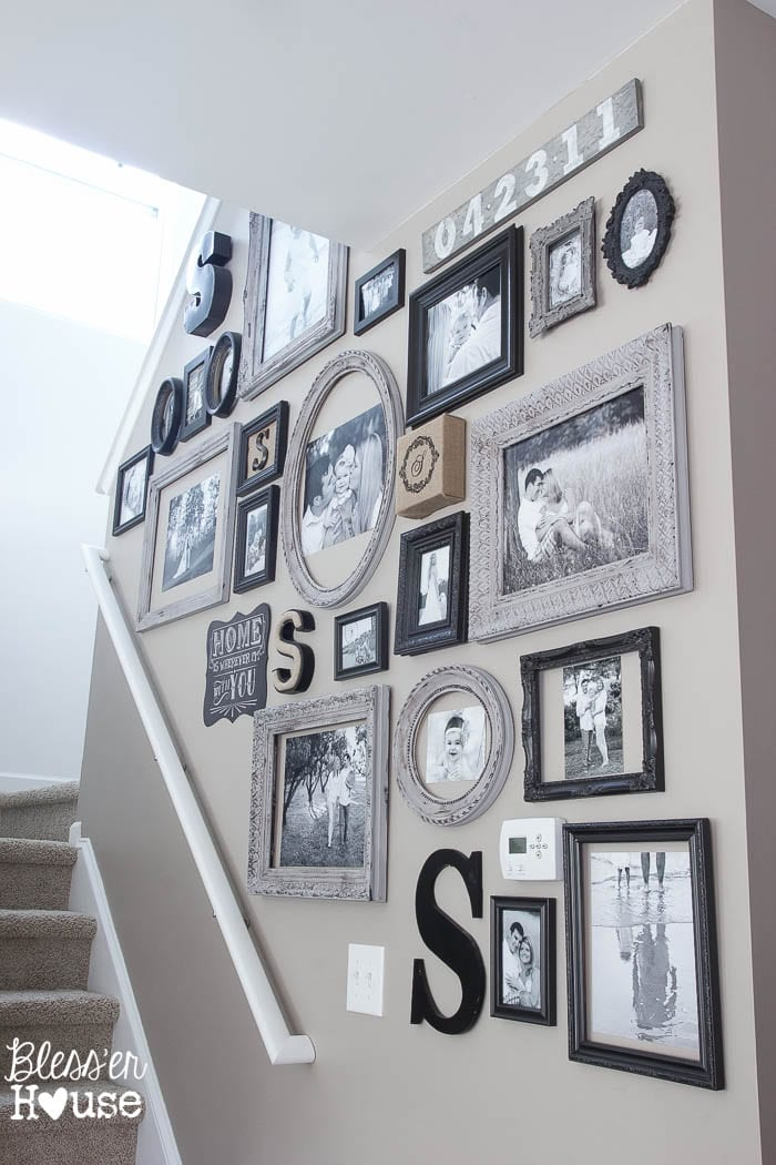 18 Inexpensive DIY Wall Decor Ideas   Bless er House 18 Inexpensive DIY Wall Decor Ideas   blesserhouse com   So many great wall  decor