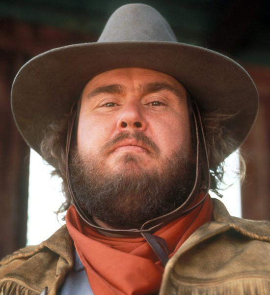 John candy wagons east, actors who died before completing film