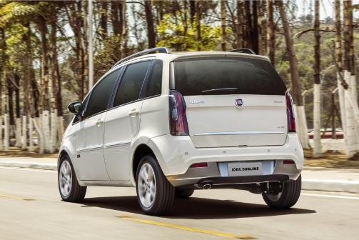 Fiat idea 2017 en argentina precio versiones y for Fiat idea 2013 precio argentina