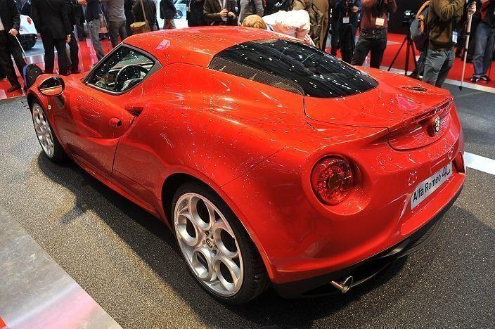 Este Sistema Alfa Realiza El Control De La Transmision La Traccion Y La Potencia Para Dar Una Aceleracion Maxima El Alfa Romeo 4c