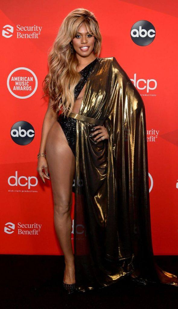 american-music-awards-red-carpet-laverne cox