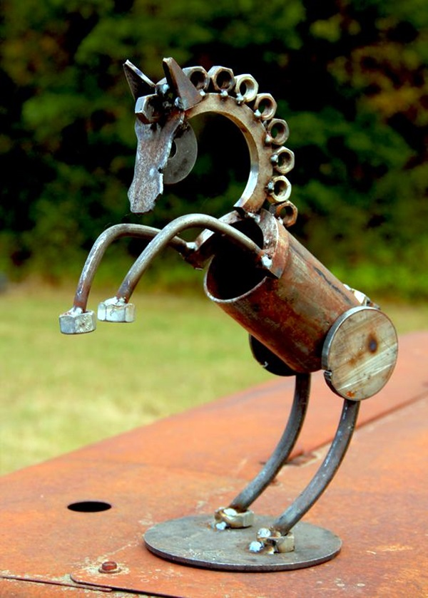 Using Rusty Junk In The Garden