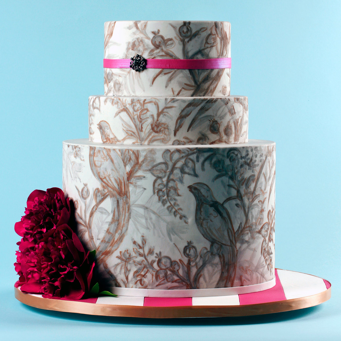 Want A Beautiful Wedding Cake   Without Spending A Fortune    Dave     wedding cake
