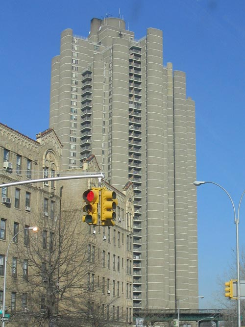 Tracey Towers Mosholu Parkway Bedford Park The Bronx