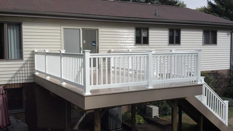 Low Maintenance Decks Composite Pvc 187 Buckstone Building And Restoration Akron Canton Deck