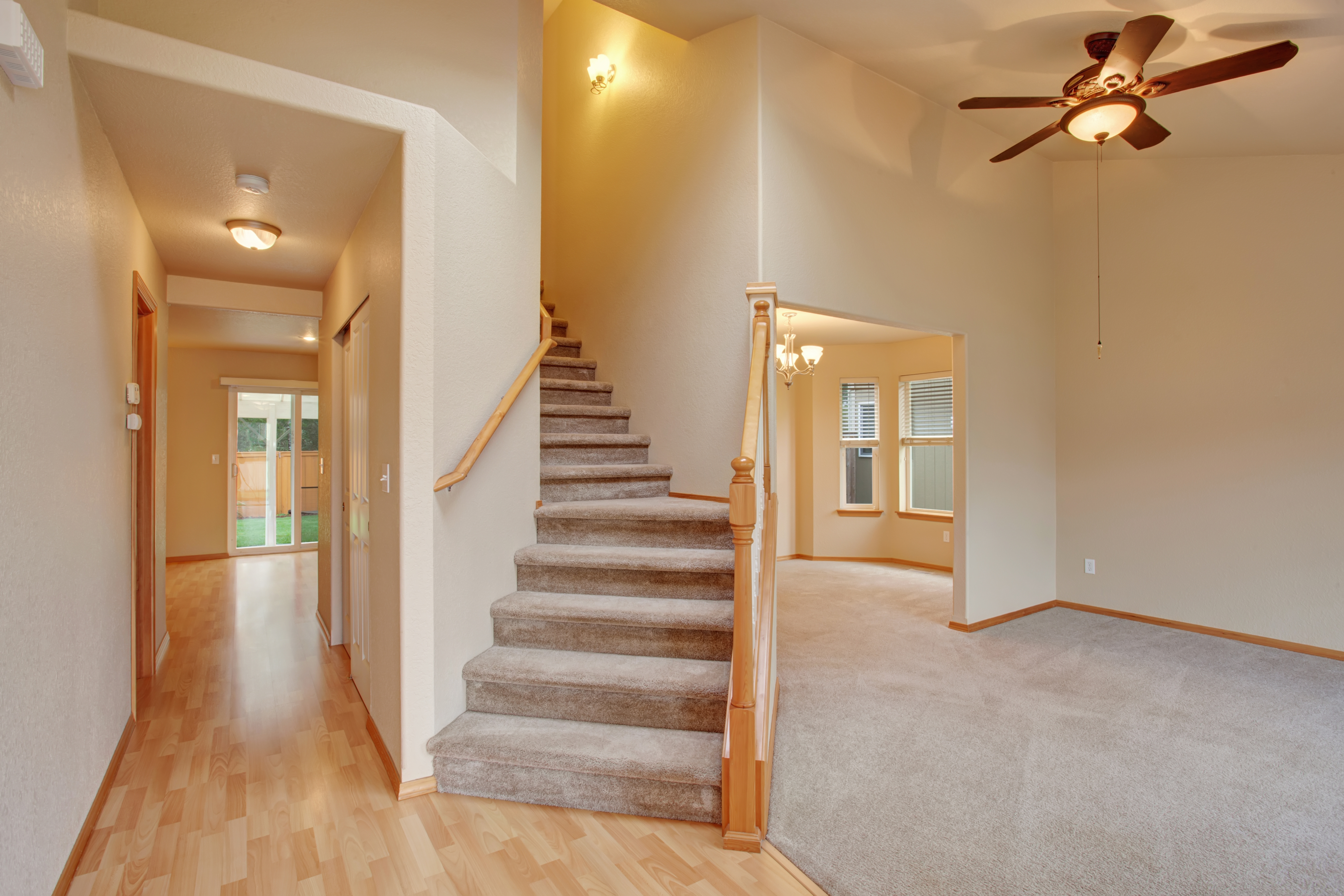 How To Lay Carpet On Stairs And The Landing Builddirectlearning | No Carpet On Stairs | Stair Case | Wood | Non Slip | Prefinished Stair | Hardwood