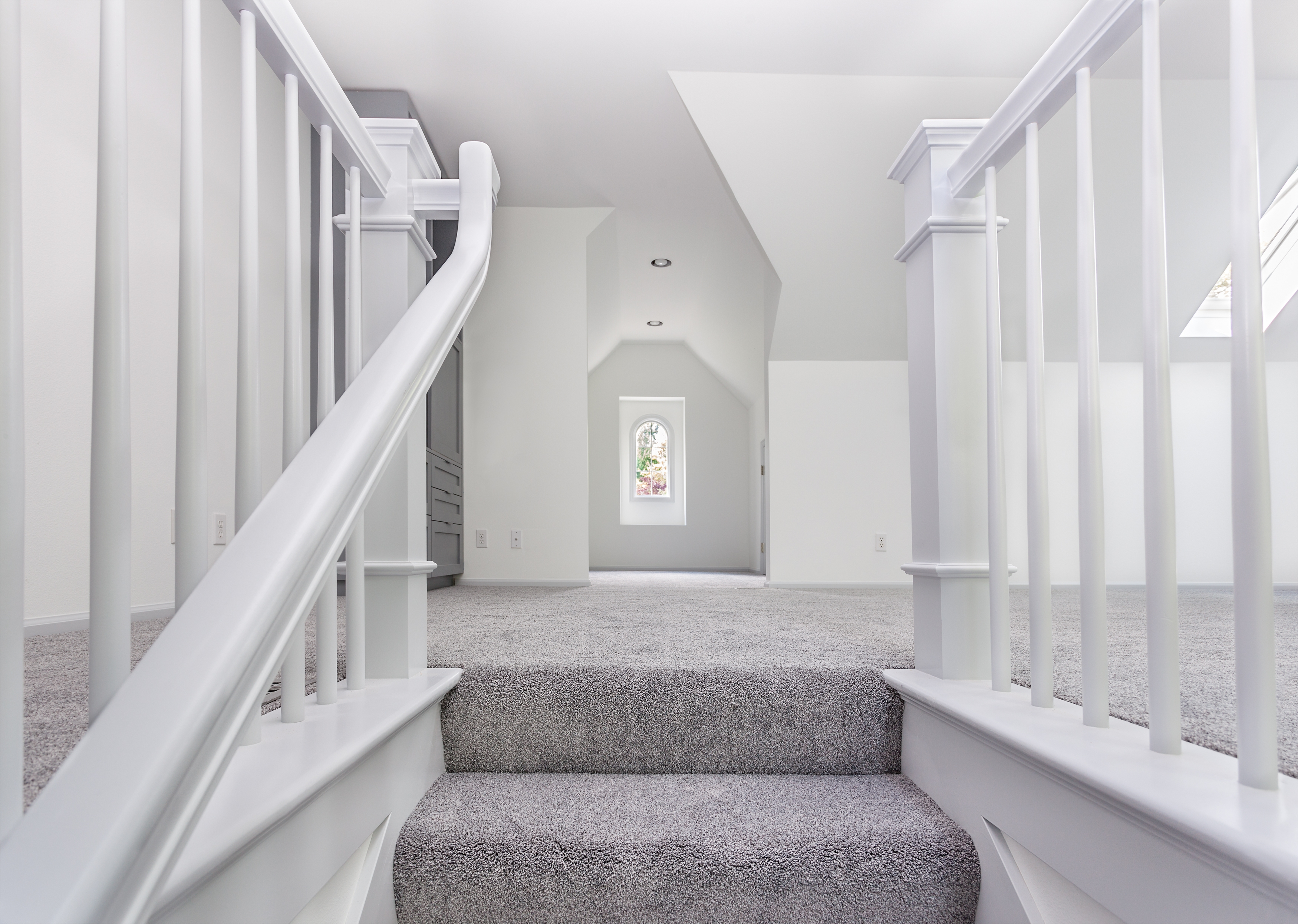 How To Lay Carpet On Stairs And The Landing Builddirectlearning   Carpet Down Middle Of Stairs   Hardwood   Benjamin Moore   Carpet Runner   Landing   Stair Tread